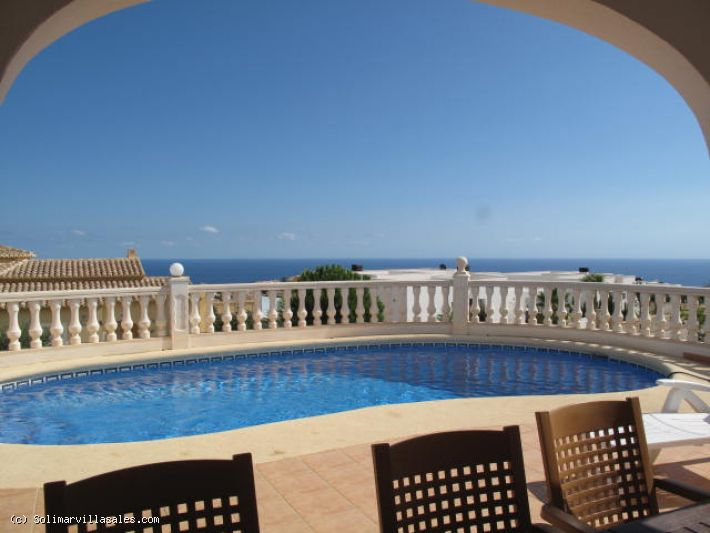 Villa with sea views for sale in Cumbre del Sol