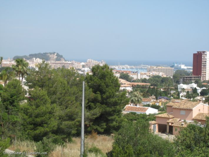 Plot of land with seaviews for sale in Denia