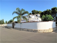 Superb villa for sale in Denia