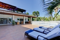 A superlative villa for sale close to the beach in Javea.
