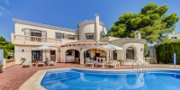 Luxury villa with sea views for sale in Javea